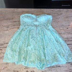Turquoise lace strapless romper